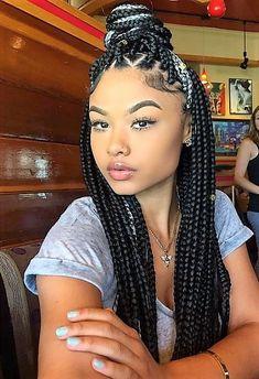 Nattes avec rajouts cheveux afro crépus naturels