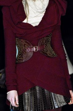 I have to make that belt, looks like an easy way to dress up a big comfy sweater. (Alexander McQueen)