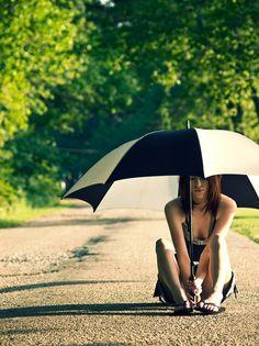 flesh & BONE Photography | Concepts: Inverted Umbrella