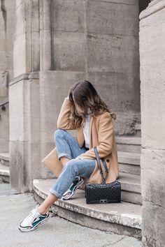 Meine neuen Sandro Sneakers, Mantel, Bluse & Girlfriend Jeans  #sneakers