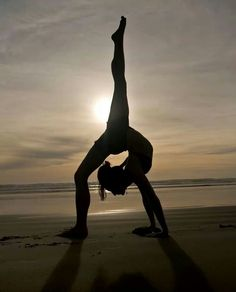 Information for people who love yoga! Yoga retreats and classes with Michelle Myhre, ERYT Silicon Valley, California Yoga Dance, Dance Poses, Yoga Poses, Yoga Inspiration, Fitness Inspiration, Yoga Fitness, Fitness Tips, Fitness Quotes, Health Fitness