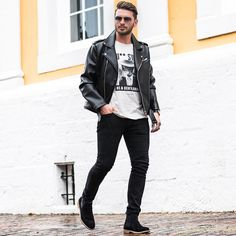 Leather Jeans Men, Leather Jacket Outfits, Chelsea Boots Outfit, Black Chelsea Boots, Mode Masculine, Bad Boy Style, Men's Style, Mens Boots Fashion, Fashion Men