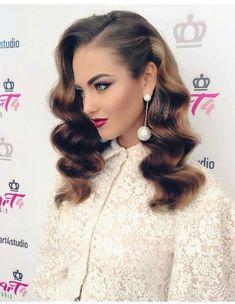hair hair waves Fryzura na studniwk 2019 - m Romantic Hairstyles, Retro Hairstyles, Summer Hairstyles, Wedding Hairstyles, Hollywood Hairstyles, Wave Hairstyles, Evening Hairstyles, Formal Hairstyles, Wedding Hair And Makeup