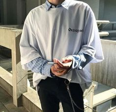 Korean Fashion Trends you can Steal – Designer Fashion Tips Korean Fashion Trends, Korean Street Fashion, Korea Fashion, Asian Fashion, Look Fashion, Fashion Design, Korean Male Fashion, Fashion Male, Mens Fashion