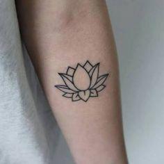 Resultado de imagen para tatuajes de flor de loto