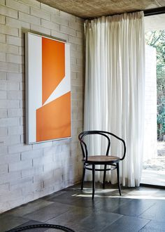 Gissing House // Harry Seidler, 1972 // concrete block; abstract art; sheer curtain; thonet; off form concrete ceiling