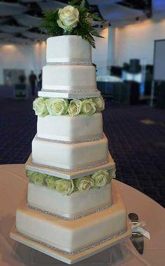 white wedding cakes    previous cake next cake