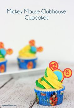 Mickey Mouse Clubhouse Cupcakes recipes - Complete with edible Toodles cupcake toppers. Perfect for a little one's birthday party!!!