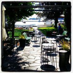 #Lillesand #visitlillesand #kafestrandhaven Small Towns, Norway, Patio, Outdoor Decor, Life, Home Decor, Decoration Home, Room Decor, Home Interior Design