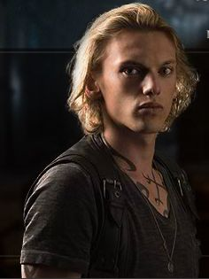 Jamie Cambell Bower as Jace in the City of Bones : the mortal instruments. A PERFECT Jace <3
