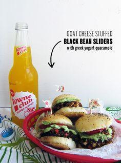 Goat Cheese Stuffed Black Bean Sliders + Greek Yogurt Guacamole // take a megabite Real Food Recipes, Vegetarian Recipes, Cooking Recipes, Healthy Recipes, Healthy Foods, Easy Recipes, Think Food, Food For Thought, Hamburgers