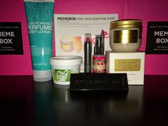 The Glitter Chic: Find Your Signature Scent #Memebox #review #unboxing
