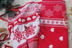 Tkanina bawełniana wzór zimowe serca i śnieżynki fabric christmas pattern hearts&stars Christmas Fabric, Alexander Mcqueen Scarf, Boho Shorts, Fabrics, Etsy, Women, Fashion, Tejidos, Moda
