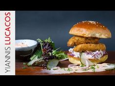 Crispy chicken burger | Yiannis Lucacos Crispy Chicken Burgers, Greek Recipes, Junk Food, Salmon Burgers, Main Dishes, Cooking Recipes, Ethnic Recipes, Youtube, Main Course Dishes