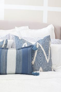 How to Decorate The Perfect Room - A Step by Step Guide. Diy PillowsDecorative ... & DIY Throw Rug Pillow Tutorial | Diy throws Throw rugs and Pillows pillowsntoast.com