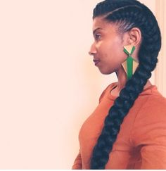Click the image for Iris' natural hair photos and regimen