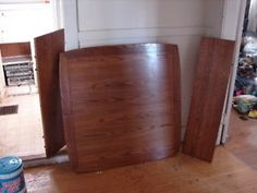 Vintage Shin Lee Tiger Oak Table with 2 Leafs & 4 Chairs