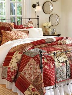 Love this bedroom decor!!! Bebe'!!! Love this quilt and iron bed!!!