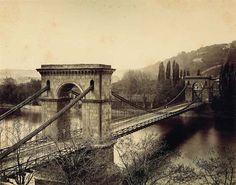 Řetězový most Františka I., který vedl od dnešní Národní třídy přes Střelecký ostrov na Malou Stranu.