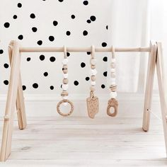 Nom Nom Deluxe Play Gym-White Out