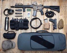 Efficient, discreet tactical kit