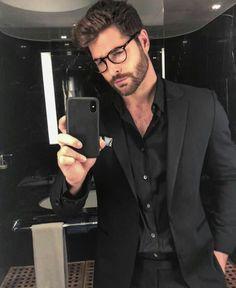 Nick Bateman in a selfie in July Nick Bateman, All Black Suit, Mode Man, Designer Suits For Men, Poses For Men, Mens Glasses, Men With Glasses, Beard Styles, Mens Clothing Styles