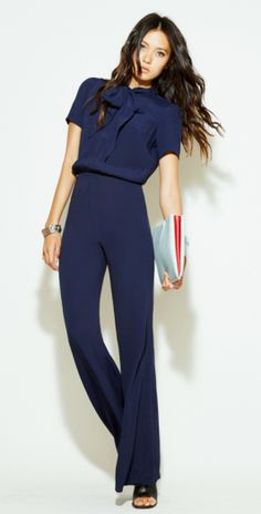 Business casual outfits for women, minimalistic business casual capsule. Office fashion, Womens office clothes and office fashion trends. Street Style Outfits, Mode Outfits, Office Outfits, Fashion Mode, Office Fashion, Work Fashion, Fashion Trends, Spring Fashion, Luxury Fashion