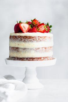 Cupcake Recipes, Baking Recipes, Cupcake Cakes, Dessert Recipes, Cupcakes, Fondant Cakes, Strawberry Layer Cakes, Strawberry Desserts, Just Desserts