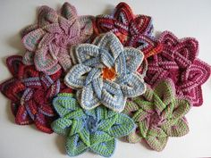 Crochet Flower Hot Pad and other great last minute crochet gift ideas - all take less than 200 yds of yarn! Get the list at mooglyblog.com