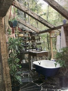 A greenhouse bathroom! A bath in a greenhouse. A greenhouse with a bath in it? Outdoor Baths, Outdoor Bathrooms, Outdoor Tub, Outdoor Showers, Rustic Outdoor, Outdoor Greenhouse, Small Greenhouse, Greenhouse Ideas, Dream Bathrooms