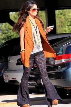 ff5beccd48771 Vanessa Hudgens - I love all her hippie clothes!