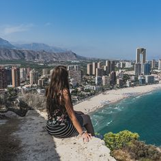 I love finding good viewpoints when I'm traveling. I'm always on a hunt for a rooftop bar or a hill you can climb. If you're visiting Benidorm in Spain, check…