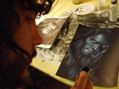Adrian Perez Benitez dibujando