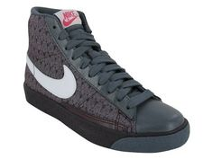 Nike Women's NIKE BLAZER HIGH WOMEN'S BASKETBALL SHOES: Shoes