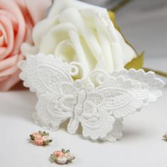10 Pcs Free Shipping LA167 High Quality Handmade DIY Beautiful 100% Cotton Embroidery Lace 3D Butterfly Appliqued Patches from Reliable embroidery lace suppliers on DIY Lace Garden ( Min. Order US$15 ). $20.00