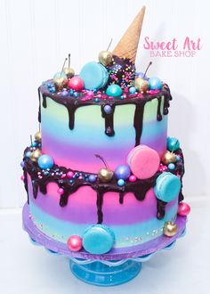 chodo its not important than our conversation baby kiss Pretty Cakes, Cute Cakes, Yummy Cakes, Sweet Cakes, Candy Birthday Cakes, Ice Cream Birthday Cake, Bolo Tumblr, Ice Cream Cone Cake, Beautiful Cake Designs