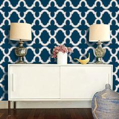 moroccan-geometric-trellis-pattern-navy-and-white-wallpaper
