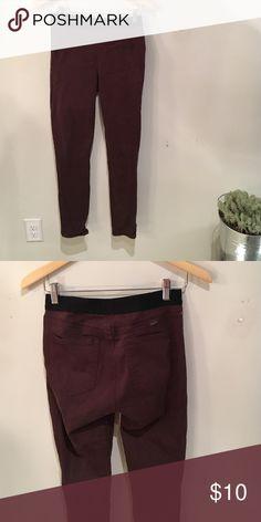 "Never worn GAP leggings ""Resolution pull on leggings"" GAP Pants"