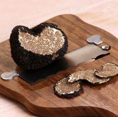 Give me a chunk of that truffle! #truffles #fungi #mushrooms
