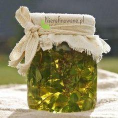 Oregano (Origanum vulgare) Zioło powszechnie używane w kuchni do przyprawiania dań mięsnych i makaronów. Zwane lebiodką pospolitą bądź dzikim majerankiem. Jest rośliną wieloletnią, tworzącą krzaczaste byliny. Któż by podejrzewał, że jest taką skarbnicą aktywnych składników? Or