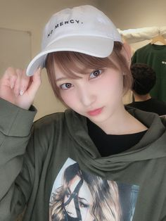 Baseball Hats, Twitter, Instagram, Fashion, Moda, Baseball Caps, Fashion Styles, Caps Hats, Fashion Illustrations