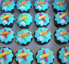 Airplane Cupcakes by Gellyscakes, via Flickr