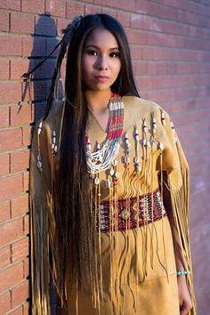 amateur Native models true american
