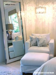A pendant light and full-length mirror to fix a dark corner