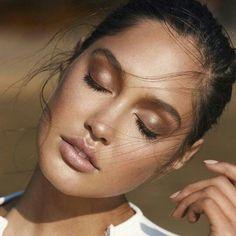 Makeup by Ania Milczarczyk - aniamilczarczyk.com/ @ Filomena Spa Pinterest #Lifestyle #Wellness #FilomenaSpa