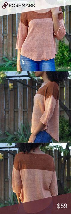 Aritzia WILFRED Linen Two Toned Open Knit Sweater Aritzia WILFRED Two Toned Open Knit Sweater  Two toned 100% linen Medium 3/4 Sleeve  Open Knit Wilfred Sweaters