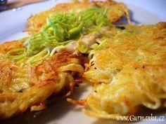 zemiakové placky my favorite Slovak Christmas market food! Slovak Recipes, Czech Recipes, Raw Food Recipes, Vegetarian Recipes, Cooking Recipes, Healthy Recipes, Vegetable Pancakes, Potato Vegetable, Galette