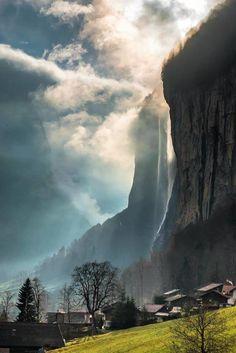 Lauterbrunnen, Switzerland by scotts_shotz
