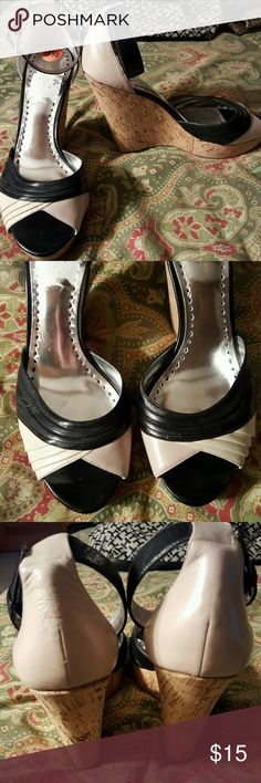 """BCBGirls 9.5 39.5 black beige wedge sandals heels Shoes are in excellent condition. Heels measure 4"""". Style is GITA. Shoes are located in a smoke-free home. BCBGirls Shoes Sandals"""