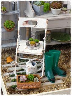 RUSTED GARTENSTUHL Shabby Puppenhaus Miniatur von Soraya Merino